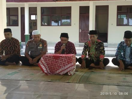 Pengajian Jum'at Pagi Di Balai Desa Wonolelo.