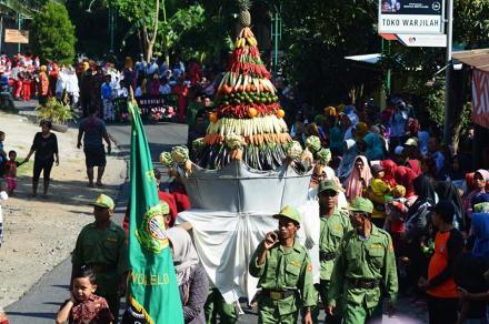 Grebeg Syawal Desa Wonolelo sebagai Pesta Rakyat